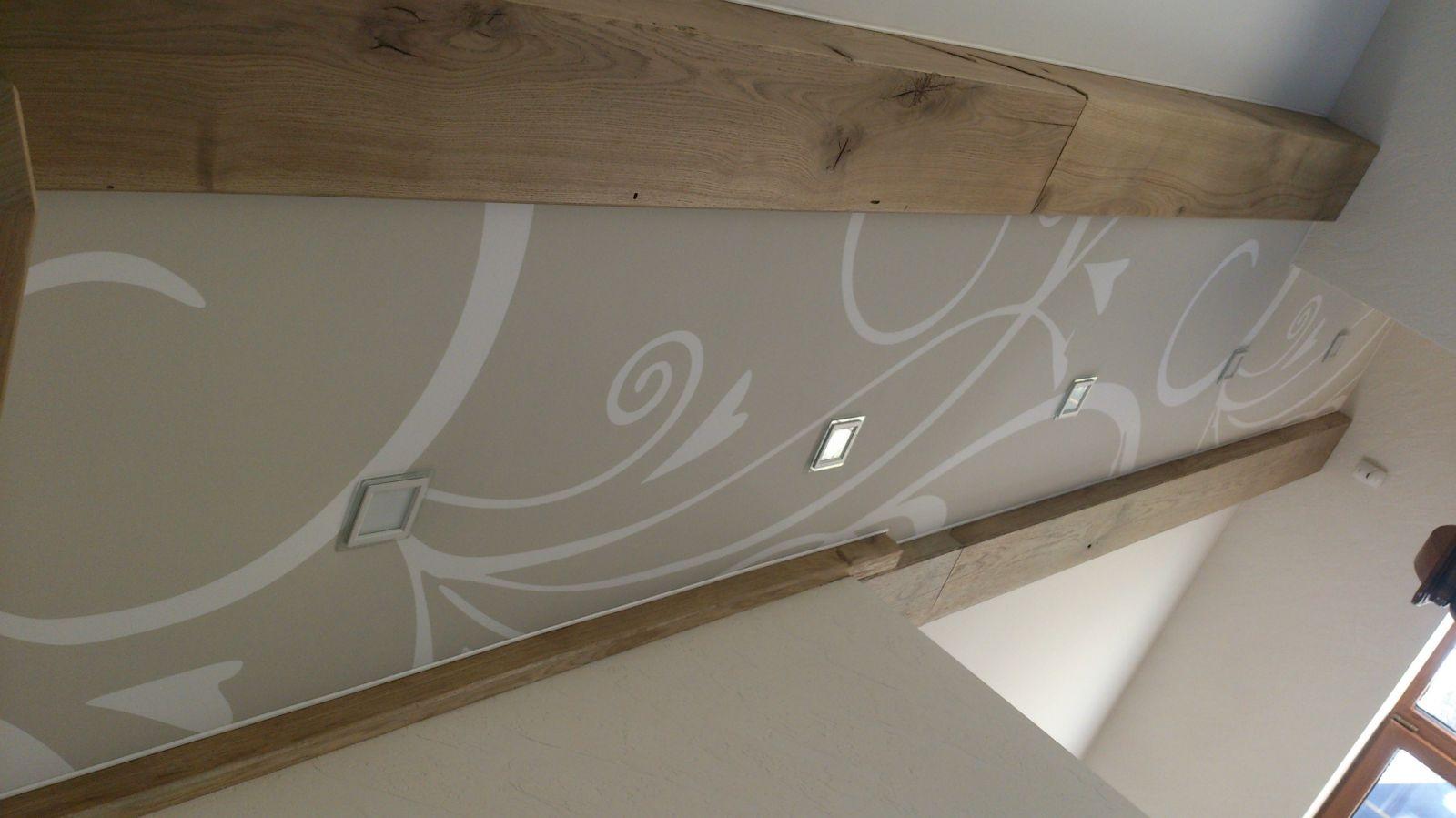 Pakabinamų lubų dekoravimas