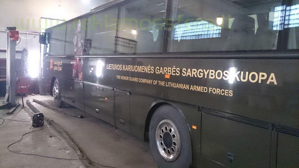 Autobuso apklijavimo darbai